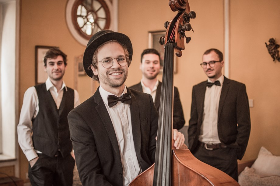 Hochzeitsband: Kontrabassist der All Jazz Ambassadors 2 - All Jazz Ambassadors