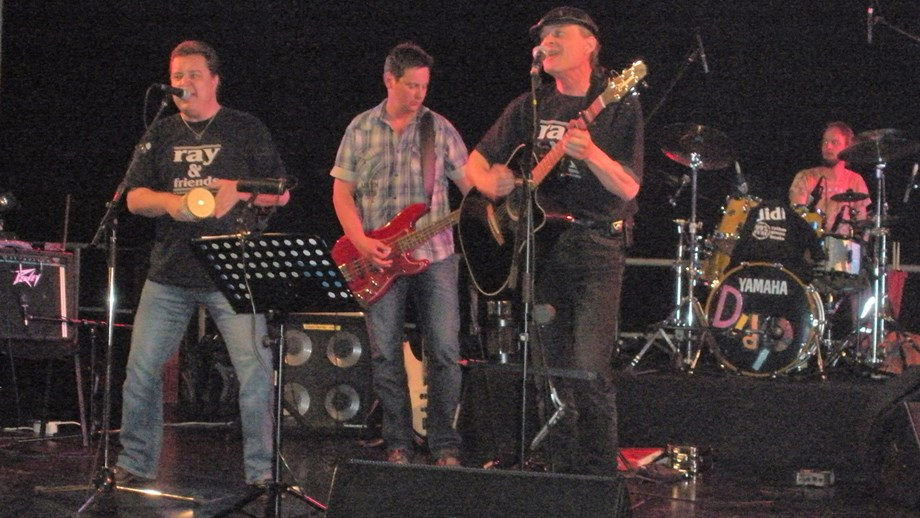 Hochzeitsband: Soundtheater Wels - Ray and Friends